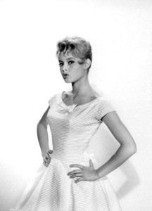 """Brigitte Bardot on the set of """"The Bride is Much Too Beautiful"""" 1956 ** I.V. - Image 2043_0140"""