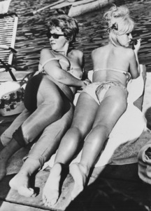 "Brigitte Bardot with Producer Christine Gouze-Renal during a pause in the shooting of ""A Very Private Affair"" in Italy1961 - Image 2043_0160"