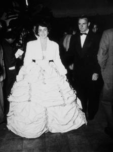 """Academy Awards: 21st Annual""Elizabeth Taylor 1949MPTV - Image 20439_0002"