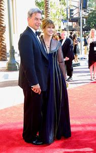 Emmy Creative Arts Awards 2002Mark Harmon with wife Pam DawberShrine Expo Center, Los Angeles CA, 9/14/02 © 2002 Glenn Weiner - Image 20471_0135