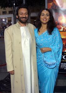 Four Feathers, The: PremiereShekhar Kapur with wife Suchitra KrishnamurtiMann Village Theater, Westwood, CA  9/17/02 © 2002 Glenn Weiner - Image 20473_0193