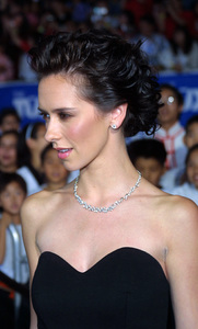Tuxedo, The: PremiereJennifer Love HewittMann Chinese Theater, Hollywood, CA  9/19/02 © 2002 Glenn Weiner - Image 20474_0125