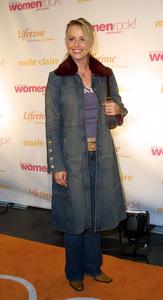 Women Rock Benefit ConcertJosie BissettKodak Theater Hollywood, California 10/10/02 © 2002 Glenn Weiner - Image 20589_0137
