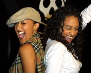 Jackass: The Movie PremiereTia & Tamera MowryCinerama Dome Theater, Hollywood, California 10/21/02 © 2002 Glenn Weiner - Image 20646_0189