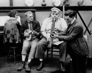 "Roscoe ""Fatty"" Arbuckle, Buster Keaton, Al St. John, Alice Lake, COOK, THE, Paramount-Arbuckle, 1918, **I.V. - Image 20661_0001"