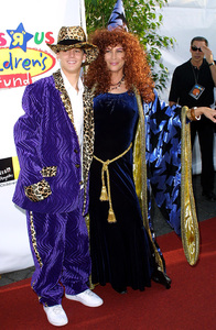 Dream Halloween Benefit - 9th AnnualJamie Lee Curtis & Aaron CarterBarker Hanger in Santa Monica, California 10/26/02 © 2002 Glenn Weiner - Image 20672_0120