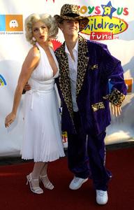 Dream Halloween Benefit - 9th AnnualAaron Carter & Marlee MatlinBarker Hanger in Santa Monica, California 10/26/02 © 2002 Glenn Weiner - Image 20672_0124