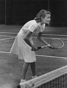 Constance Bennettplaying Tennis in Hollywoodcirca 1940 - Image 2067_0018