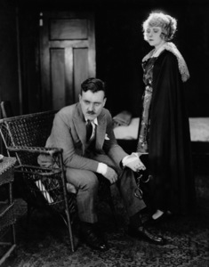 Pearl White, BLACK SECRET, THE, serial, Pathe, 1919, **I.V. - Image 20705_0001
