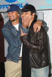 Motorola Holiday Party - 4th AnnualCris Judd & Wilmer ValderramaThe Lot in West Hollywood, CA.   12/05/02 © 2002 Glenn Weiner - Image 20861_0318