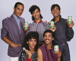 DeBarge for a Mountain Dew advertisement (James DeBarge, Bunny DeBarge, El DeBarge, Mark DeBarge, Randy DeBarge)1984 © 1984 Bobby Holland - Image 20924_0014