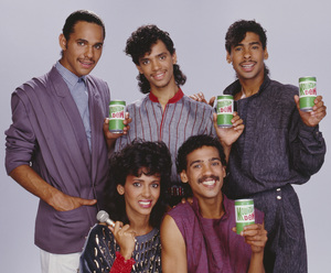 DeBarge for a Mountain Dew advertisement (James DeBarge, Bunny DeBarge, El DeBarge, Mark DeBarge, Randy DeBarge)1984 © 1984 Bobby Holland - Image 20924_0015