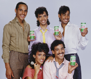 DeBarge for a Mountain Dew advertisement (James DeBarge, Bunny DeBarge, El DeBarge, Mark DeBarge, Randy DeBarge)1984 © 1984 Bobby Holland - Image 20924_0016