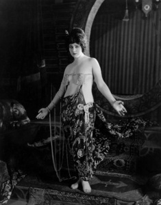 "Betty BlytheIn ""The Queen Of Sheba""1921 Fox**I.V. - Image 2096_0013"