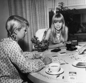 Cindy Carol and friends1966Photo by Joe Shere - Image 21103_0002