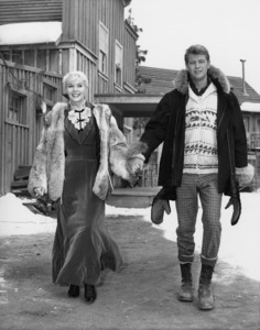 """The Alaskans"" (Episode: Heart of Gold)Dorothy Provine, Troy Donahuecirca 1960Photo by Joe Shere - Image 21115_0004"