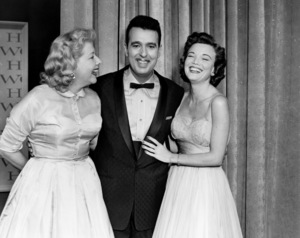 Vivian Vance, Tennessee Ernie Ford and Natnette Fabray out on the towncirca 1950s** I.V. - Image 21168_0006