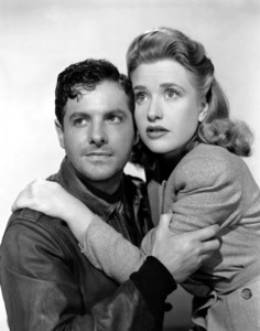 """Saboteur""Robert Cummings and Priscilla Lane1942 Universal**I.V. - Image 21298_0024"