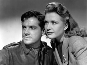 """Saboteur""Robert Cummings and Priscilla Lane1942 Universal**I.V. - Image 21298_0025"