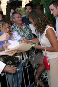 """Terminator 3: Rise of the Machines"" Premiere 6/30/03Vanessa Williams © 2003 Sam Kweskin - Image 21316_0012"