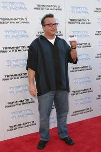 """Terminator 3: Rise of the Machines"" Premiere 6/30/03Tom Arnold © 2003 Sam Kweskin - Image 21316_0019"