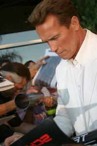 """Terminator 3: Rise of the Machines"" Premiere 6/30/03Arnold Schwarzenegger © 2003 Sam Kweskin - Image 21316_0041"