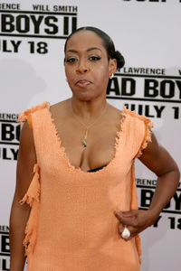 """Bad Boys 2"" Premiere  7-9-03Tichina Arnold © 2003 Sam Kweskin - Image 21319_0113"