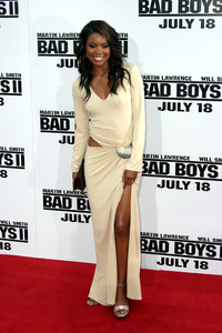 """Bad Boys 2"" Premiere  7-9-03Gabrielle Union © 2003 Sam Kweskin - Image 21319_0136"