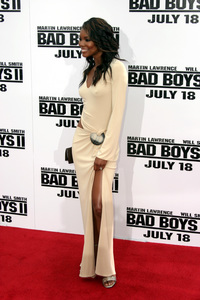 """Bad Boys 2"" Premiere  7-9-03Gabrielle Union © 2003 Sam Kweskin - Image 21319_0138"