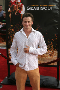"""""""Seabiscuit"""" Premiere 7-22-03David Moscow - Image 21344_0021"""