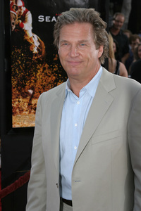 """Seabiscuit"" Premiere 7-22-03Jeff Bridges - Image 21344_0052"