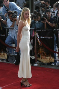 """Seabiscuit"" Premiere 7-22-03Chloe Sevigny - Image 21344_0067"