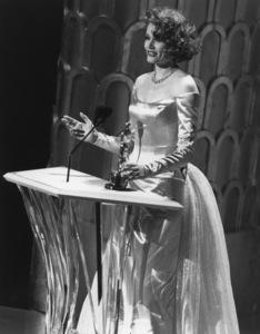 """""""Academy Awards: 61st Annual""""Geena Davis1989**I.V. - Image 21345_0007"""