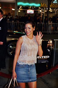 """The Hunted"" Premiere 3-11-03Constance MariePhoto by Cindy Burtin - Image 21346_0002"