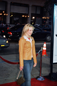 """Identity"" PremiereJulie Benz4/23/2003Photo by Cindy Burtin - Image 21347_0003"
