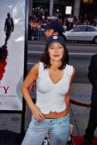 """""""Identity"""" PremiereHolly Fields4/23/2003Photo by Cindy Burtin - Image 21347_0029"""