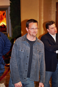 """""""Tears of the Sun"""" Premiere 3-3-03Mathew PerryPhoto By Cindy Burtin - Image 21348_0019"""
