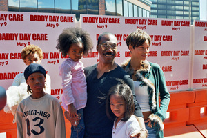"""""""Daddy Day Care"""" Premiere 5-4-03Eddie Murphy and FamilyPhoto By Cindy Burtin - Image 21349_0002"""