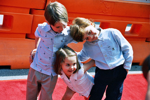 """Daddy Day Care"" Premiere 5-9-03Connor Carmody, Hailey Johnson, & Authur YoungPhoto By Cindy Burtin - Image 21349_0016"