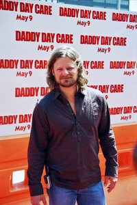 """""""Daddy Day Care"""" Premiere 5-9-03Steve ZhanPhoto By Cindy Burtin - Image 21349_0022"""