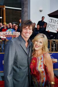 """Bruce Almighty"" PremiereJim Carrey and Lisa Ann Walter5/14/2003Photo by Cindy Burtin - Image 21350_0011"