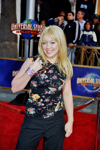 """Bruce Almighty"" PremiereHilary Duff5/14/2003Photo by Cindy Burtin - Image 21350_0017"
