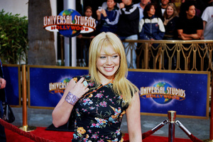 """Bruce Almighty"" PremiereHilary Duff5/14/2003Photo by Cindy Burtin - Image 21350_0018"