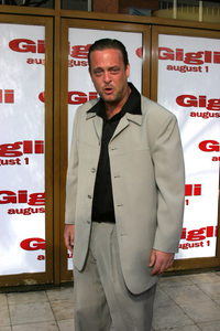 """Gigli"" Premiere 7-27-03Lenny VenitoPhoto By Sam Kweskin - Image 21352_0013"