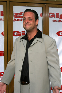 """Gigli"" Premiere 7-27-03Lenny VenitoPhoto By Sam Kweskin - Image 21352_0015"