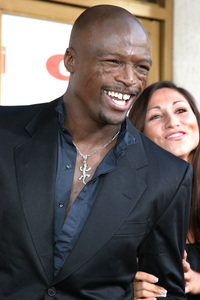 """Gigli"" Premiere 7-27-03Seal and FriendPhoto By Sam Kweskin - Image 21352_0089"