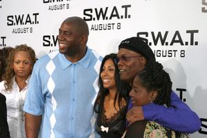 """S.W.A.T."" Premiere 7-30-03Earvin ""Majic Johnson, wife, Samuel L. Jackson, wifePhoto By Sam Kweskin - Image 21354_0032"