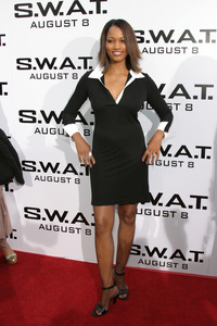 """""""S.W.A.T."""" Premiere 7-30-03Garcelle Beauvais-NilonPhoto By Sam Kweskin - Image 21354_0044"""