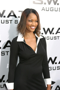 """""""S.W.A.T."""" Premiere 7-30-03Garcelle Beauvais-NilonPhoto By Sam Kweskin - Image 21354_0051"""