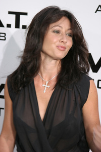 """S.W.A.T."" Premiere 7-30-03 Shannen Doherty Photo By Sam Kweskin - Image 21354_0073"
